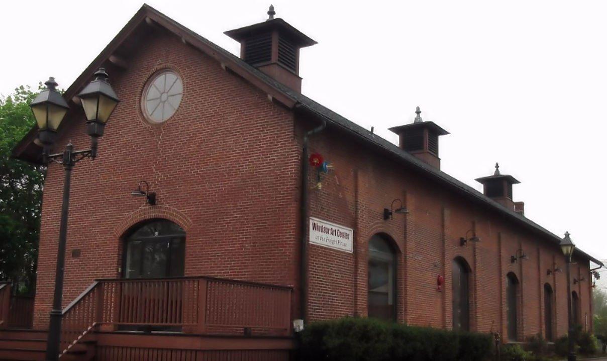 Exterior photo of Windsor Art Center in Windsor, CT