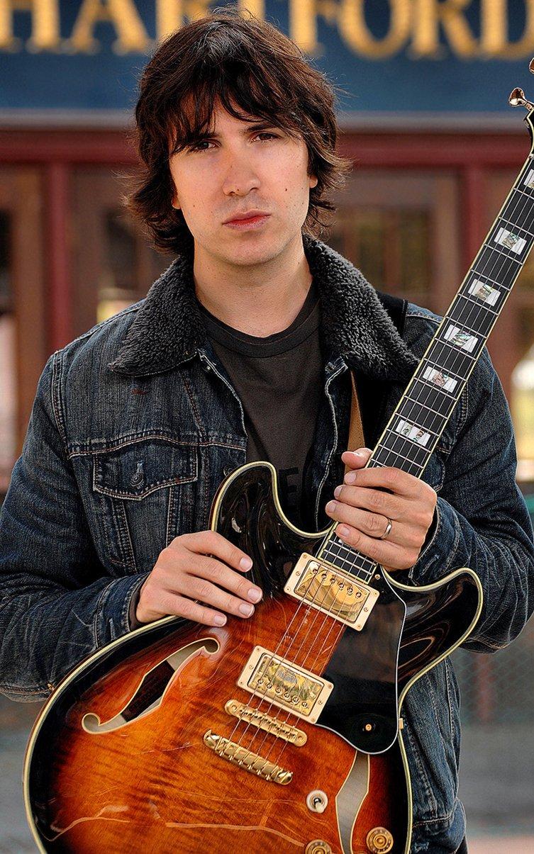 Sinan Bakir - Professional Guitarist