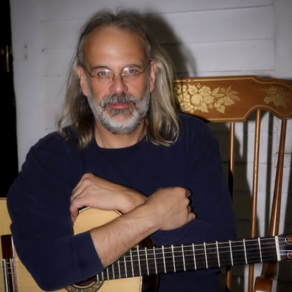 Photo of Richard Young - Luthier