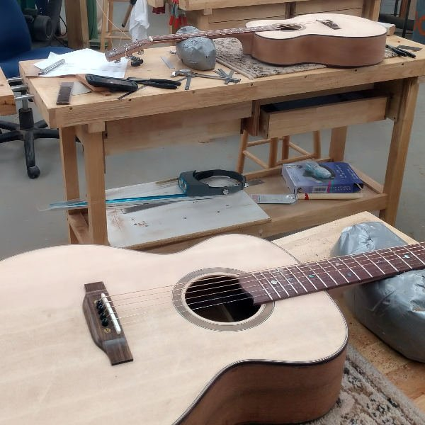 guitar building class for veterans